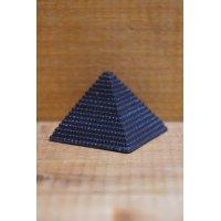 ピラミッド チャーム【A】